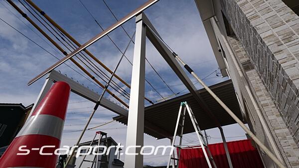 折板屋根伏せ 3台用セッパンカーポート